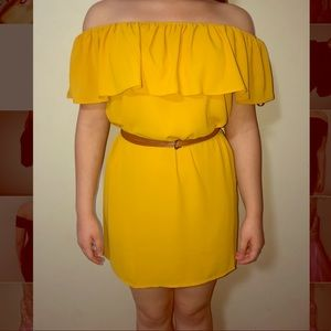 Over the shoulder Yellow dress